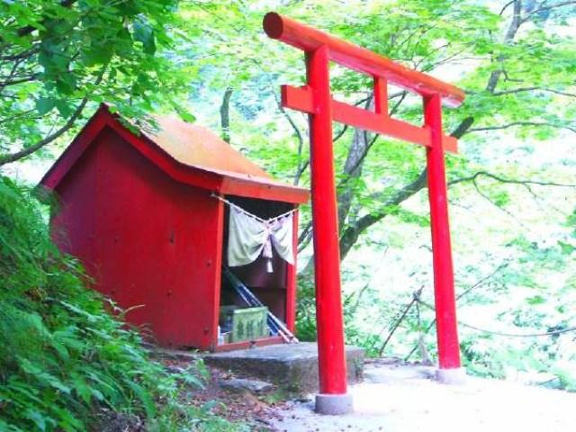 白神山地・暗門の神社