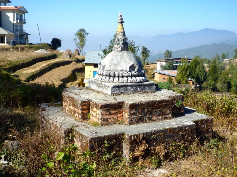 仏塔 - ナガルコット〜チャングナラヤン