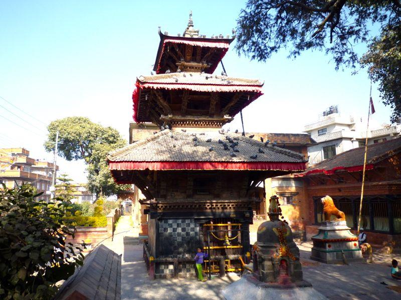 Chamunda Devi Mandir - パタン