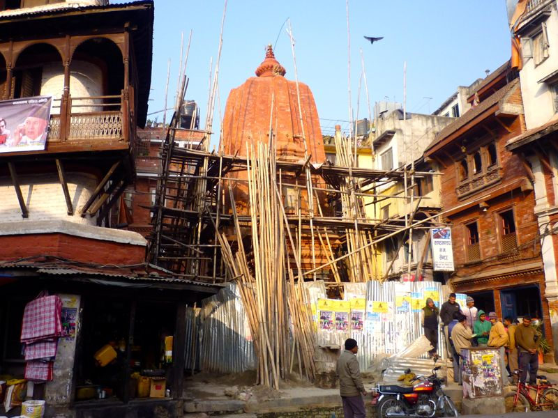 Mahadev Temple near Durbar Square - カトマンドゥ